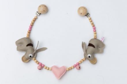 Deine Sommerliebe Pram chain donkeys baby pink