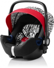 Römer Baby Safe 2 i-Size Letter Design