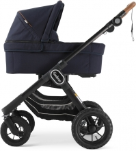 Emmaljunga NXT90F Outdoor Navy Eco inclusive carrycot
