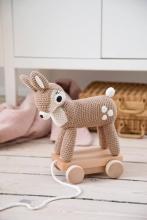 sebra Crochet pull-along toy Deer light brown