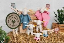 Steiff Rattle Lamb Liena 12cm white/pink
