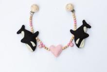 Deine Sommerliebe Pram chain Orca pink