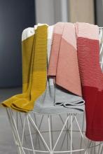 Disana Merino wool knit plaid gold/grey 100x80cm
