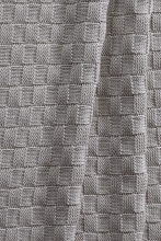 Alvi Knitted blanket small check grey 75x100