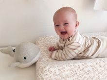 Flow Cuddly Toy with heartbeat Moby the Whale grey